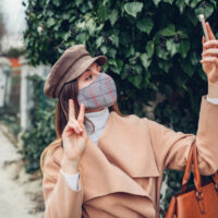 Le nouvel accessoire à la mode : le masque
