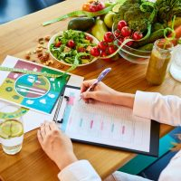 Comment devenir diététicien(ne) ?