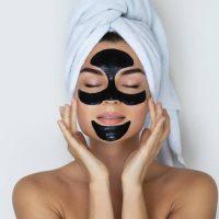 Masque au charbon : dites stop aux points noirs !
