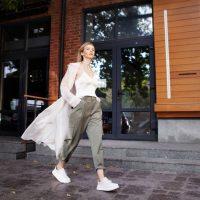 Pantalons : les meilleures coupes pour oublier le slim