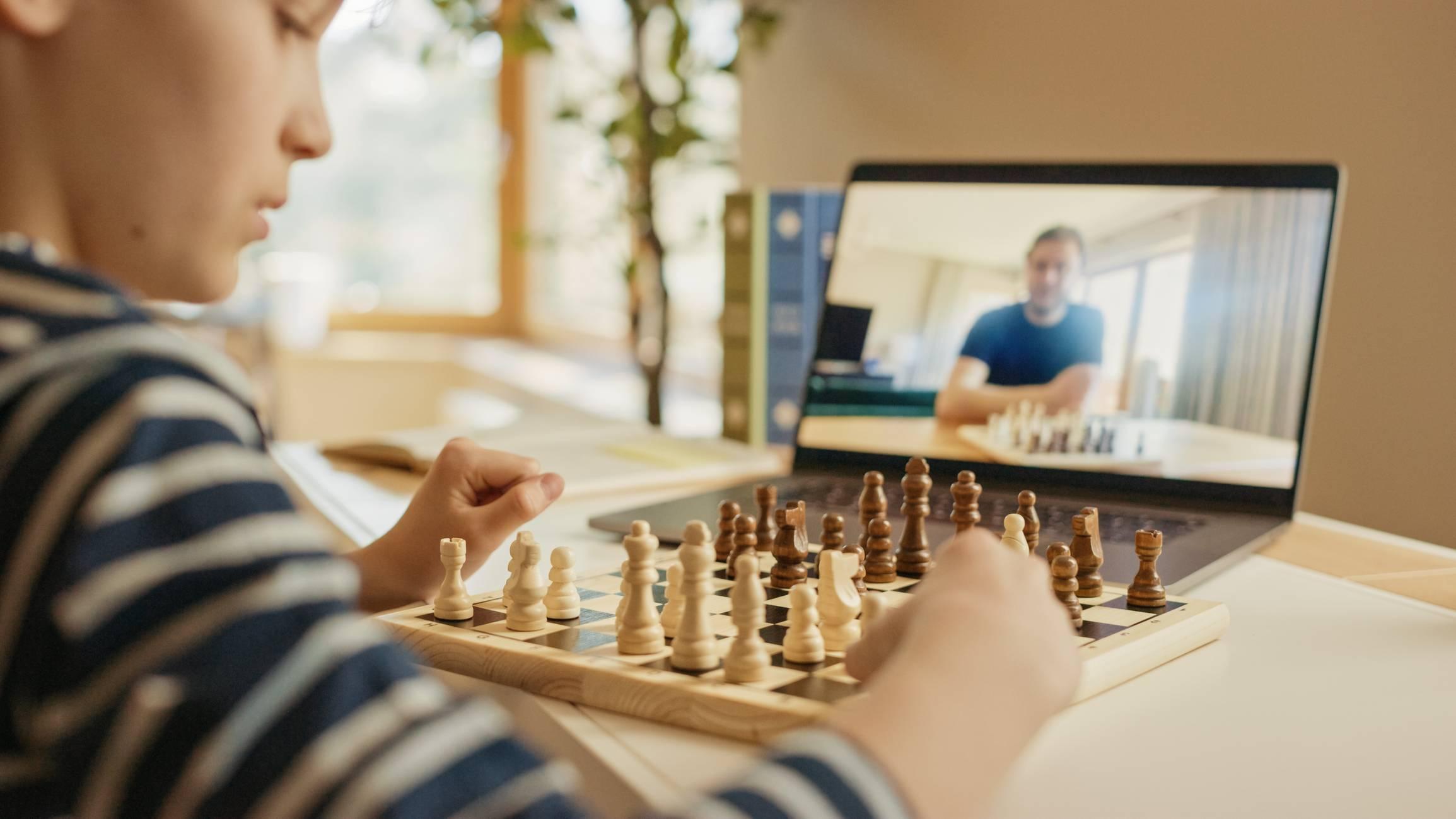 jeu d'échecs apprentissage en ligne